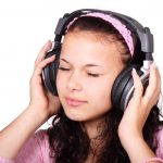 headphones_girl